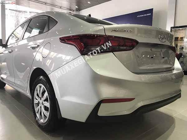 den sau hyundai accent 2018 14 mt base muaxegiatot vn - Giới thiệu các mẫu xe sedan B bán chạy nhất Việt Nam