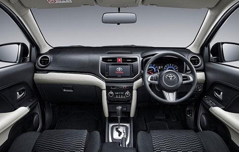 Nội thất xe Toyota Rush 2018 mang tính thực dụng cao