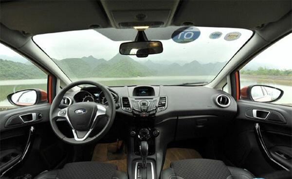 Taplo Ford Fiesta 1.0L Sport AT - Đánh giá xe Ford Fiesta 2021 kèm giá bán #1