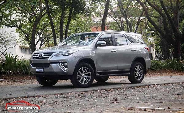 fortuner_24v_2018_may_dau_so_tu_dong_muaxegiatot_vn_-1