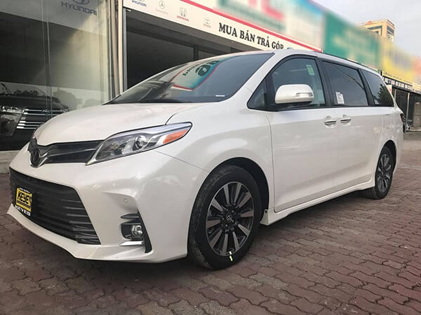 gia-xe-toyota-sienna-2019-muaxenhanh-vn-1