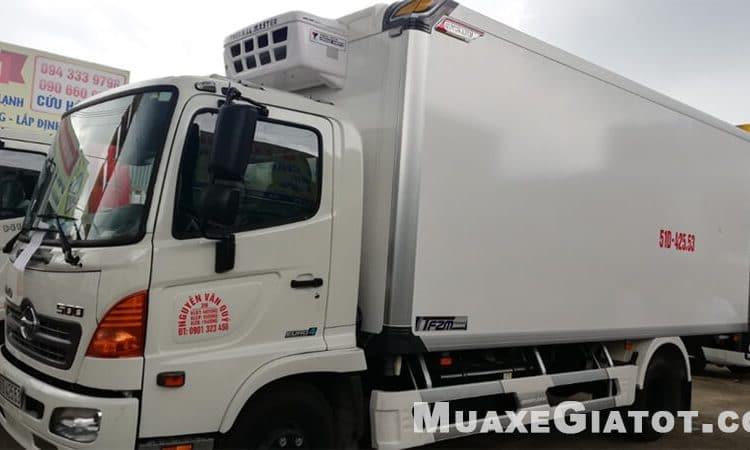 Xe-tải-đông-lạnh-Hino